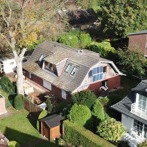 Grundstück mit Entwicklungspotenzial Hamburg Norden Neubau Einfamilienhaus Doppelhaus Familienhaus Grundstücksplan West und Südgarten Terrasse Sommer Garten