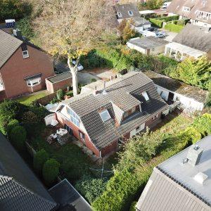 Grundstück mit Entwicklungspotenzial Hamburg Norden Neubau Einfamilienhaus Doppelhaus Familienhaus Grundstücksplan Ost und Südgarten