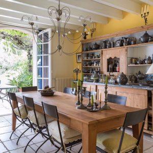 Villa Les Parcs de Saint-Tropez Cote d`Azur Meerblick Küche und Esszimmer