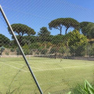 IMG_6485Villa Saint-Tropez Cote d`Azur Garten Tennisplatz