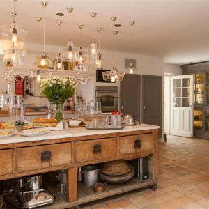Villa Cote d`Azur Saint-Tropez Ramtuelle Meerblick Pampelonne Küche