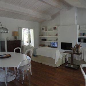 Villa Saint-Tropez Cote d`Azur Parc de la Moutte Charmantes Haus Wohnzimmer Kamin