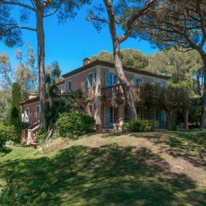 Villa Saint-Tropez Cote d`Azur