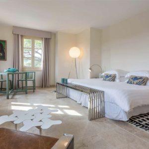 Villa Saint-Tropez Bastide du Pinet Cote d`Azur Ferienhaus Master-Bedroom Suite Schlafzimmer Ankleide En-Suite-Bad