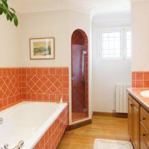 Villa La Garde Freinet Landsitz Cote d`Azur Ferienhaus Vollbad