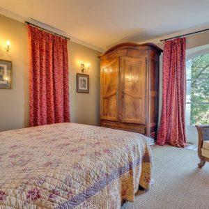 Villa La Garde Freinet Landsitz Cote d`Azur Ferienhaus Schlafzimmer Gästewohnung