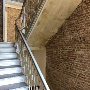 Stadtvilla Villa Altbau Hamburg Ottensen Projektentwicklung Umbau Sanierung Dachausbau Altbau Historisches Treppenhaus