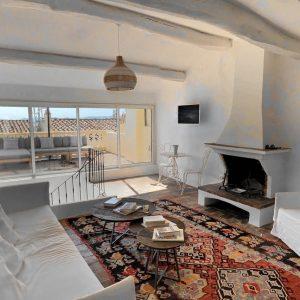 Apartment Saint-Tropez Cote d`Azur Ferienwohnung Wohnen Terrasse Kamin