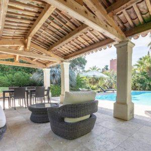 Einzigartig - Poolhaus